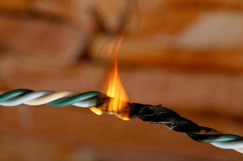 Sécurité : attention aux risques électriques !